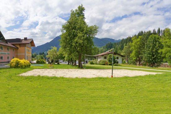 Beachvolleyballplatz - Jugendhotel im Salzburger Land, Jugendgästehaus Steiner