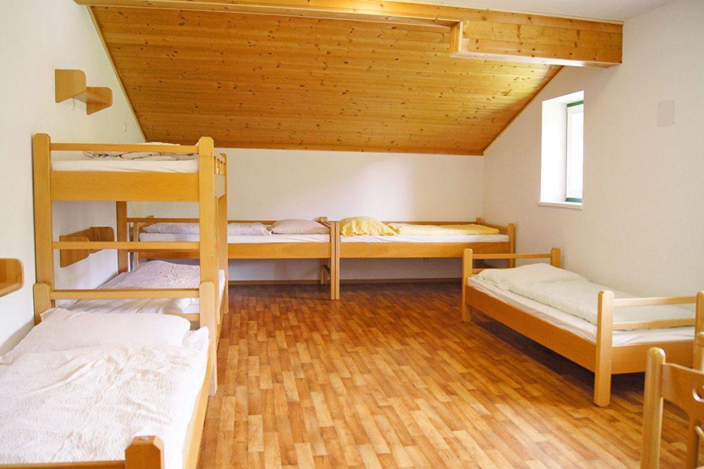Zimmer im Jugendgästehaus Steiner in Eben im Pongau